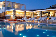 Mykonos luxury hotels top 10 luxury hotels in mykonos for Small luxury hotel group
